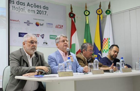 Em reunião na ACII, Paulo França propõe comissão entre Estado e Município para buscar soluções para o entorno da Antônio Heil