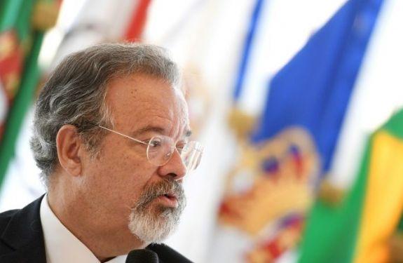 Embaixador brasileiro na Venezuela volta a Caracas, em gesto de 'boa vontade'