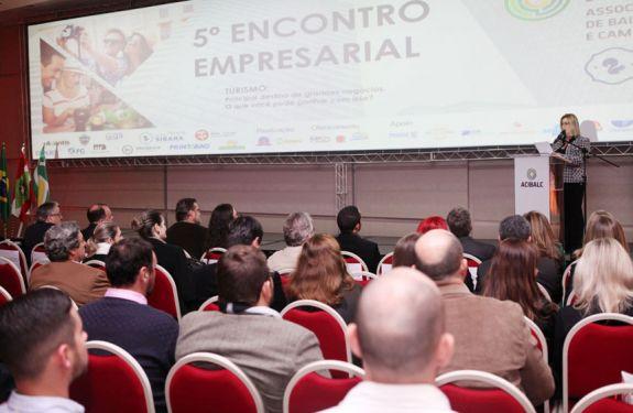 Encontro Empresarial discute como fazer a diferença para ampliar os negócios