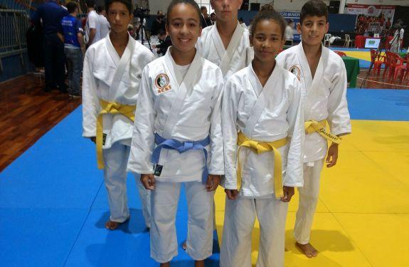 Judô de Camboriú conquista medalhas em prova estadual