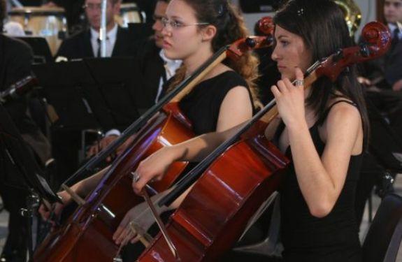 Escola de Música Arte Sonora comemora um ano oferecendo atrações gratuitas