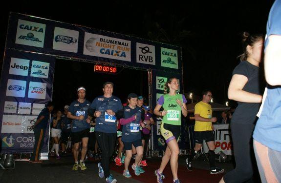 Esporte e solidariedade invadem as ruas de Blumenau neste sábado (16)
