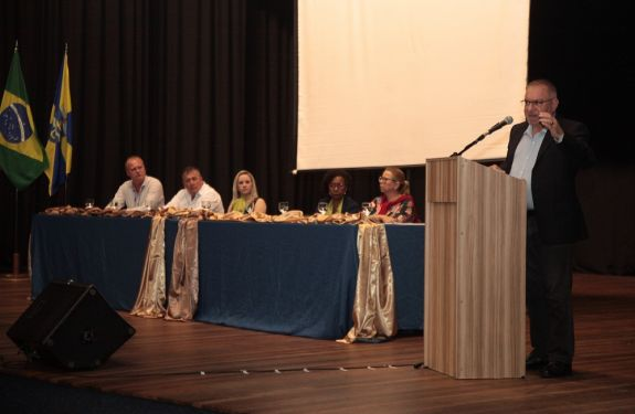 FEAPI assina parceria com UniSociesc