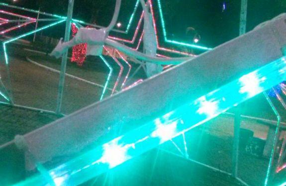 Furtos e vandalismo prejudicam decoração natalina em Itajaí