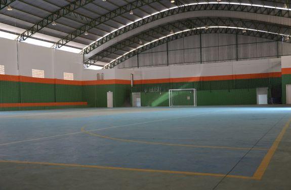 Ginásio de bairro de Camboriú será reaberto à comunidade sábado - Manchete  do Vale 84f758405e338