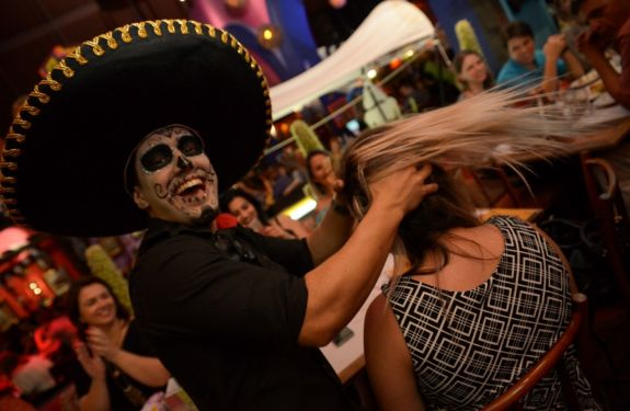 Guacamole prepara festa para celebrar o Dia de Los Muertos