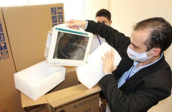 Hospital Marieta recebe 20 respiradores e 20 monitores do Governo do Estado