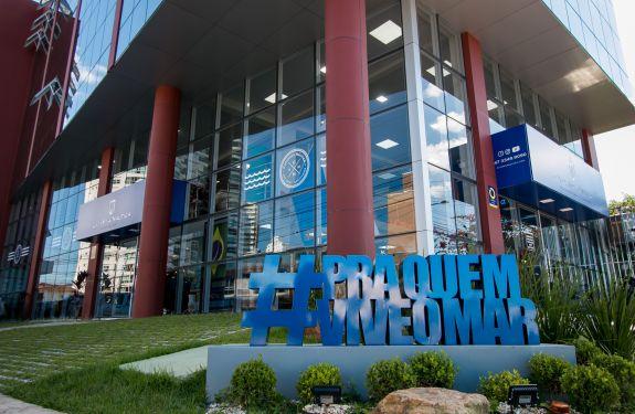 Inaugurado o maior shopping náutico do Sul do país