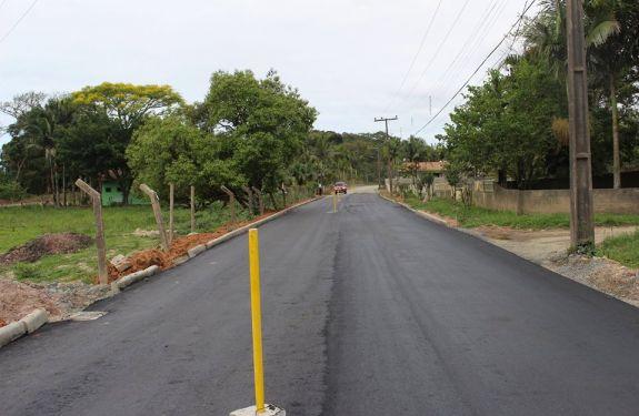 Interior recebe pavimentação asfáltica em Balneário Piçarras