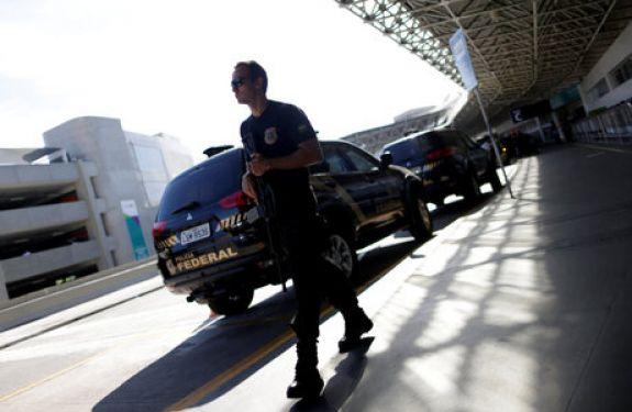 Interpol prende nos EUA lobistas apontados como operadores do PMDB