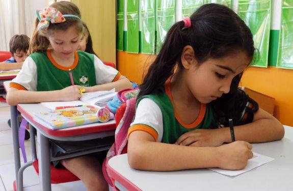 Investimentos impactam positivamente na educação de Camboriú