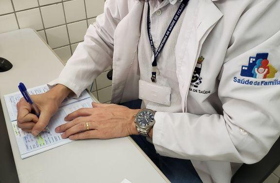Itajaí abre processo seletivo para contratação de médicos, enfermeiros e técnicos de enfermagem