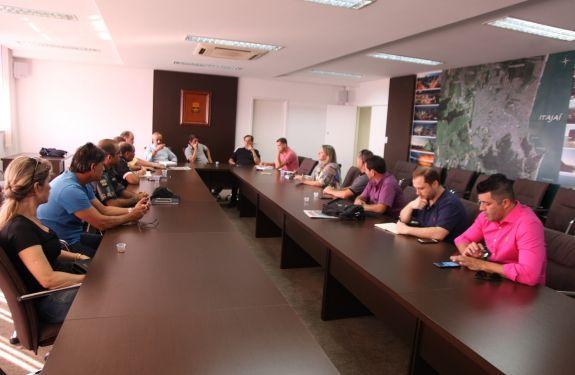 Itajaí chama 23 novos agentes de endemias para reforçar combate à dengue