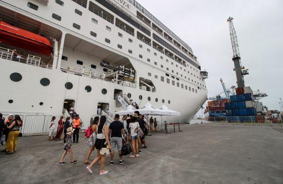 Itajaí já recebeu mais 24 mil passageiros de transatlânticos nesta temporada