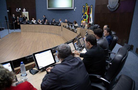 Itajaí: Projeto altera remuneração de conselheiros tutelares