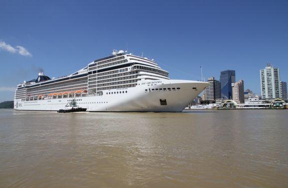 Itajaí recebe 2,5 mil turistas com cruzeiro MSC Orchestra