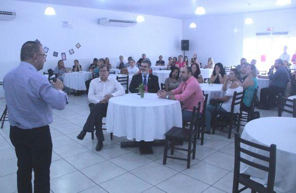 Itajaí: Servidores da Secretaria de Saúde participam do Programa Humanização