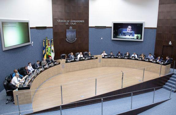 Itajaí: Supermercados deverão ter carrinhos adaptados...