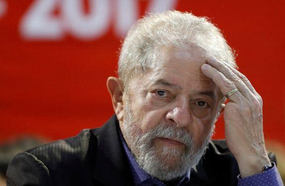 Lula é condenado a prisão pela Lava Jato