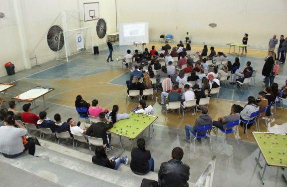 Mais de 100 pessoas participam da revisão do Plano Diretor no Cidade Nova