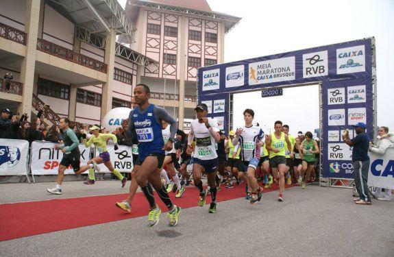 Mais de 900 corredores participarão da Meia Maratona de Brusque