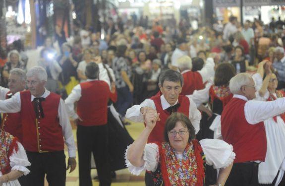 Fenarreco: Mais de quatro mil pessoas participam da Melhor Idade
