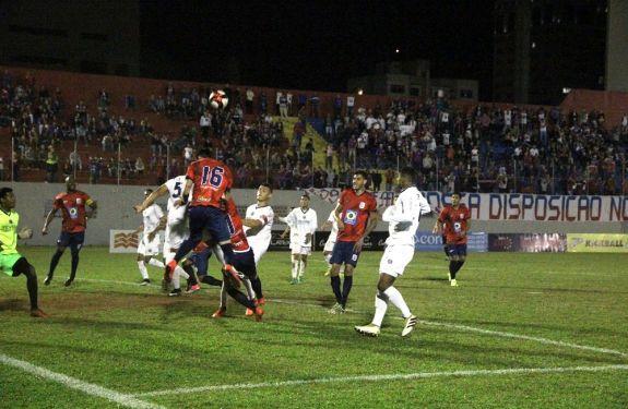 Marcílio é derrotado pelo Guarani de Palhoça por 2 a 0