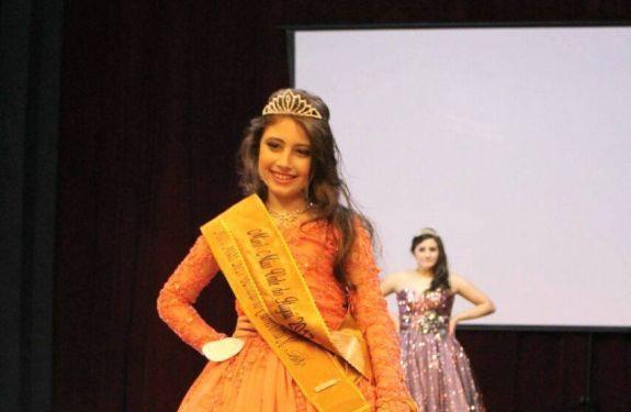 Menina de sete anos é eleita Mini Miss Vale do Itajaí