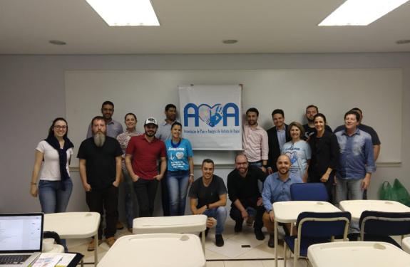 Mestrandos da Univali realizam campanha de apoio à AMA Itajaí