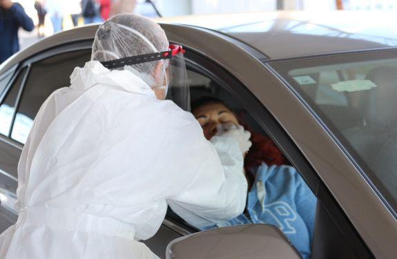 Itajaí: Moradores comparecem à mutirão de exames de coronavírus