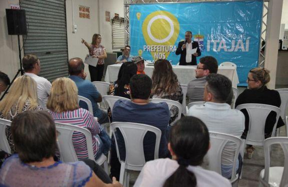 Moradores do Loteamento São Pedro apresentam reivindicações no Prefeitura nos Bairros