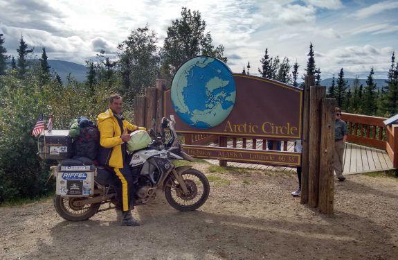 Motociclista percorre 90 mil KM por 18 países
