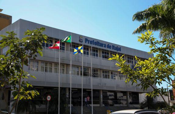 Município de Itajaí abre concurso público para preenchimento de 87 vagas
