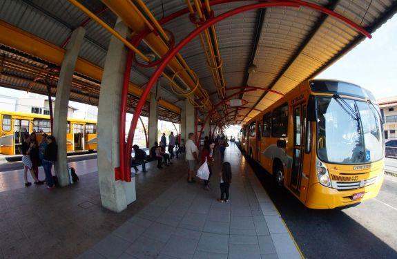 Município de Itajaí aperfeiçoa edital de transporte público