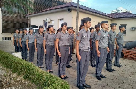 Município de Itajaí estuda implantação de escola militarizada