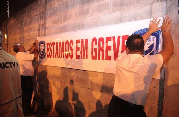 Transporte coletivo de ITJ entra novamente em greve