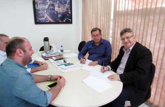 Município de Itajaí renova contrato com Hospital Pequeno Anjo