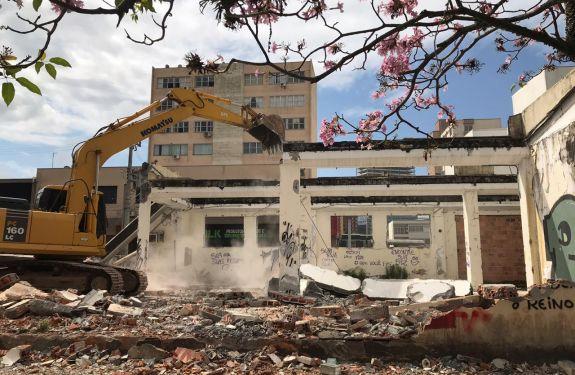 Município de Itajaí soluciona problema no prédio abandonado dos Correios