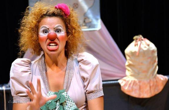 BC: Espetáculo gratuito no Teatro Bruno Nitz