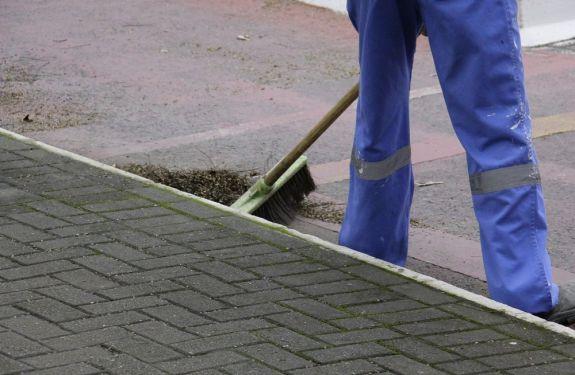 Novo contrato para limpeza urbana gera economia aos cofres públicos e melhoria dos serviços
