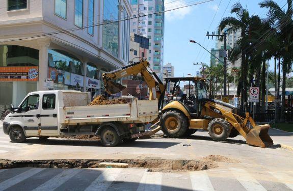 Obras do Centro de Itapema seguem em andamento