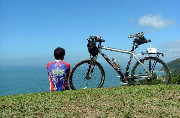 Oito atrativos para curtir o Verão na Costa Verde & Mar