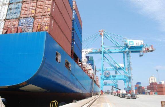 Porto de Itajaí apresenta resultados excelentes em abril