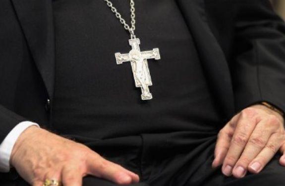 Padre é preso por estupros em São Francisco do Sul