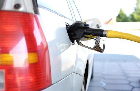 Petrobras eleva preço do diesel e da gasolina na terça (18)