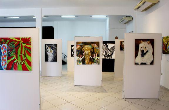 Piçarras: Galeria de Artes recebe exposição do Grupo de Artistas Plásticos de Balneário Camboríu