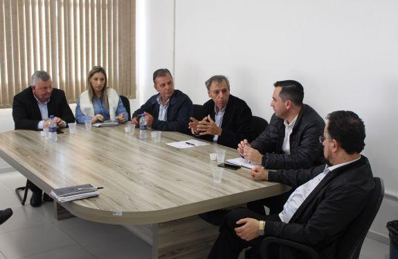 Piçarras: Reunião com a ANTT e Autopista Litoral discute futuro das marginais da BR-101
