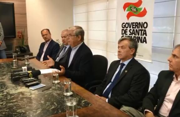 SC: Governador Pinho Moreira anunciou mudanças na gestão