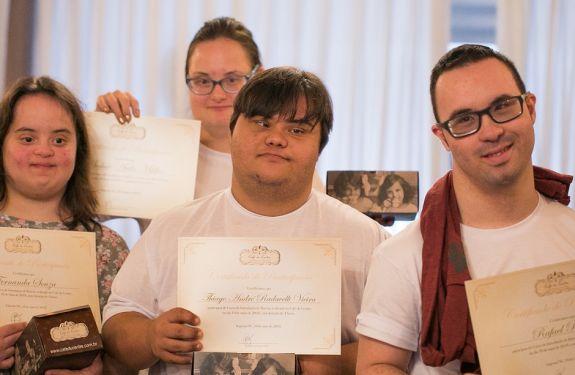 Pioneiro, projeto busca trabalho para pessoas com Down