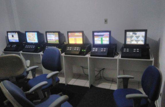 PM fecha casa de jogos de azar em BC